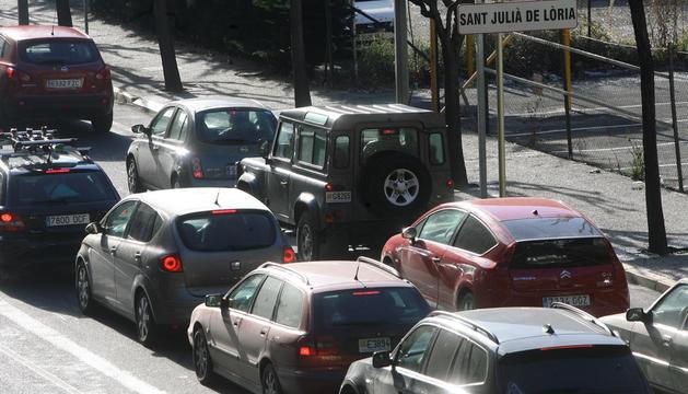 Els vehicles estrangers més contaminants no podran entrar a Barcelona.