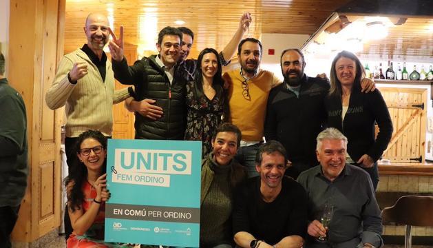 L'equip d'En Comú per Ordino celebrant que són els guanyadors