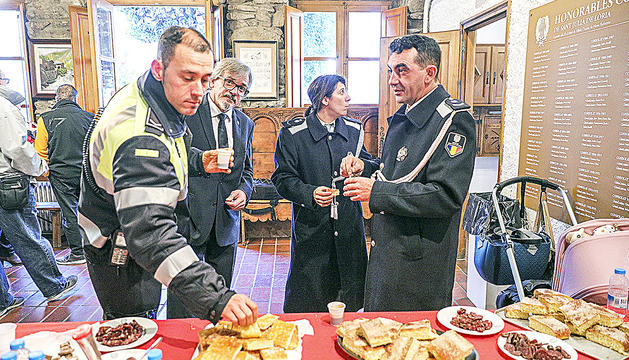 El comú de Sant Julià de Lòria és un dels que 'premien' els electors amb beguda i menjar.