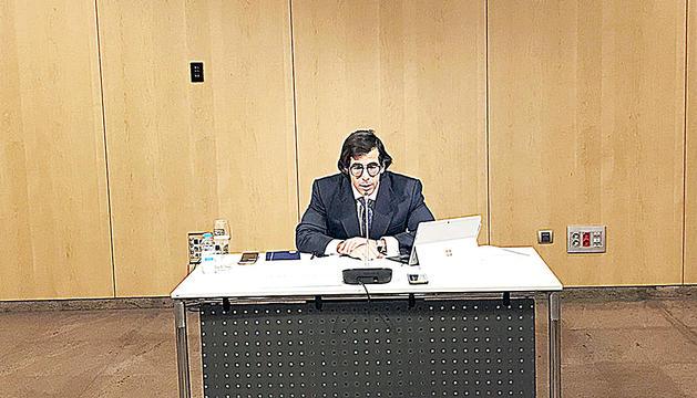 El director de l'AFA, Ramon López, durant la compareixença al Centre de Congressos.