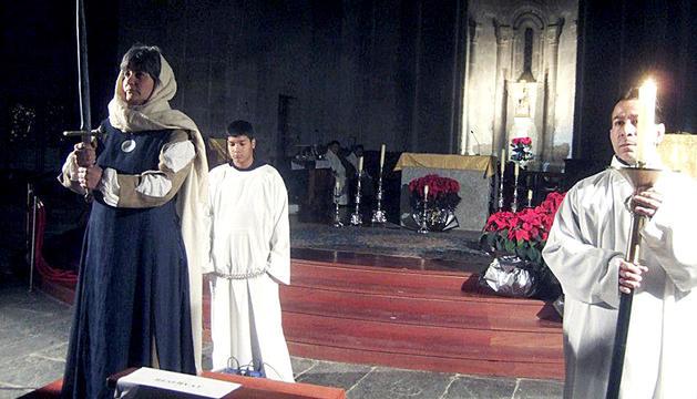 Un moment de l'escenificació a la catedral de la Seu.