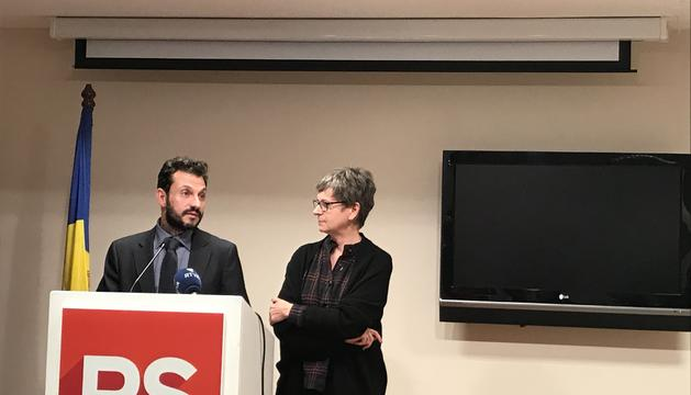 Susanna Vela i Gerard Alís durant la presentació del balanç anual del partit