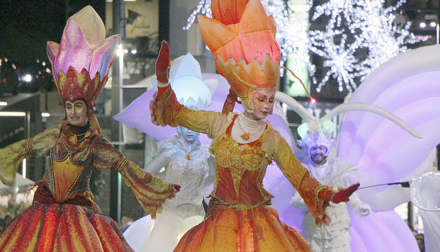 L'espectacle 'Enchanted Garden' a l'avinguda Meritxell.