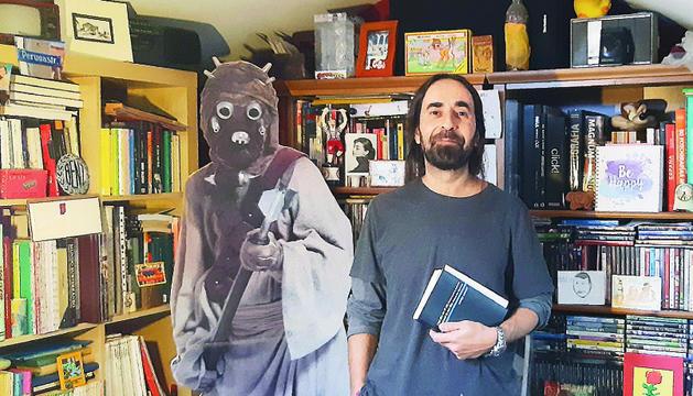 El traductor del poemari de James Kirkup.