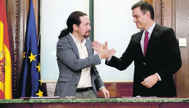 Sánchez i Iglesias, ahir durant la presentació de l'acord.