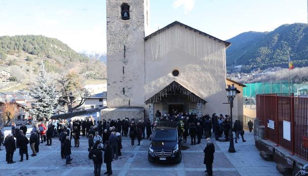 El sepeli de Morell ha aplegat desenes de persones