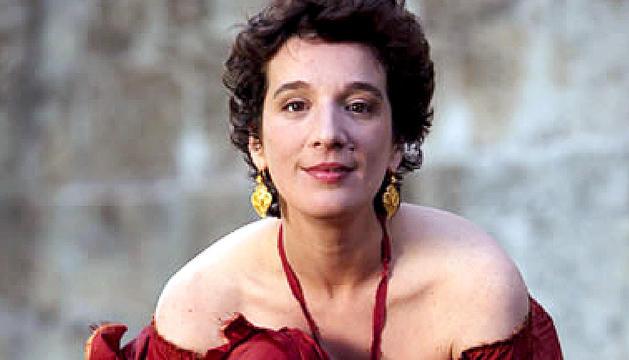 Dulce Pontes, a l'Auditori Nacional