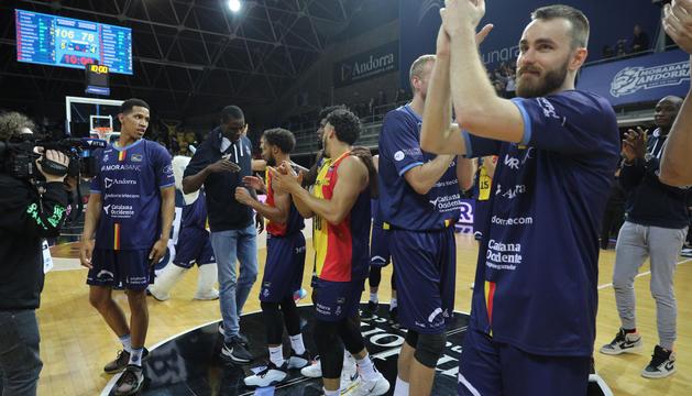 Els jugadors tricolors celebren la victòria en un partit anterior.