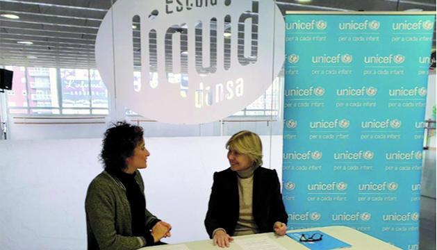 La signatura de l'acord entre Unicef i Líquid Dansa.