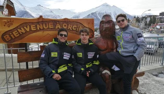Els esquiadors FAE, a Orcieres.