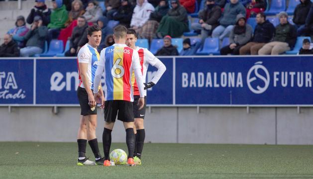 Bover, Martos i Riverola, abans de servir una falta.