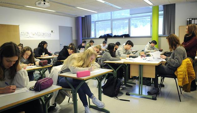 Els alumnes dels tres sistemes educatius han participat en el 13è Dictat Nacional