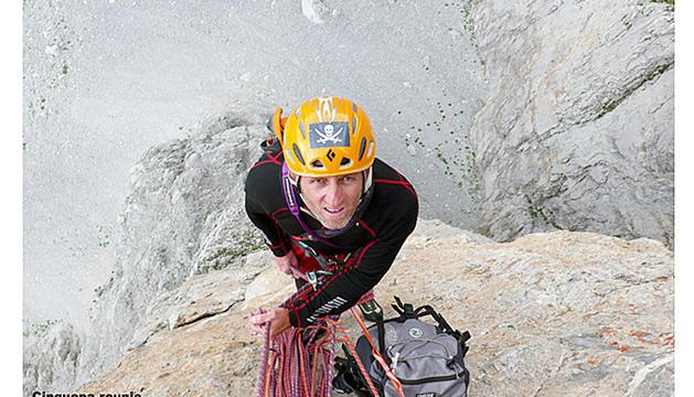 IsidreEscorihuela practicant l'escalada en roca