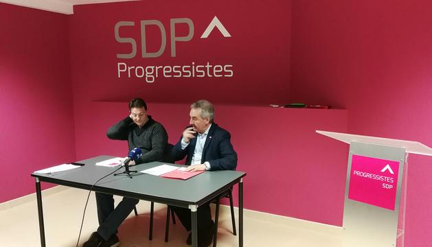 Josep Lluís Donsión i Jaume Bartumeu després de la reunió d'ahir.