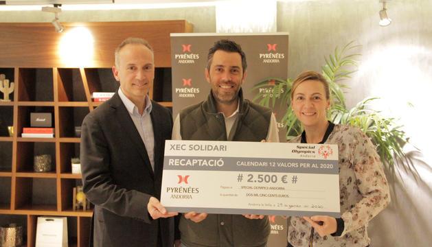 Pyrénées entrega 2.500 euros a Special Olympics