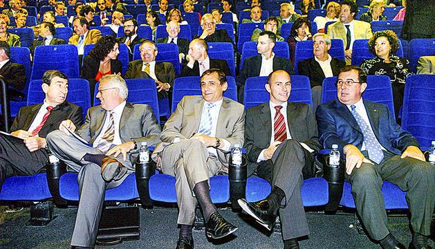 Pintat amb part del seu gabinet ministerial: Manel Pons, Ferran Mirapeix, Joel Font i Antoni Puigdellívol.