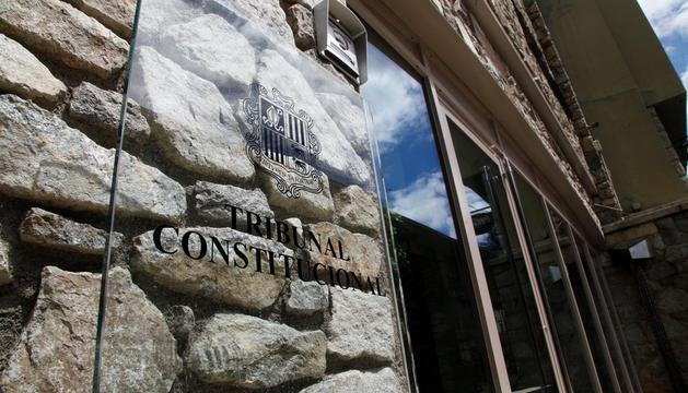 L'entrada del Tribunal Constitucional, on es decidirà si Corts pot repetir el judici.