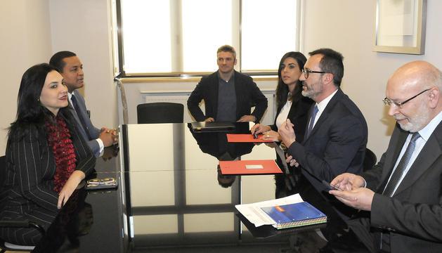 Un moment de la reunió amb la delegació del CONANI celebrada avui