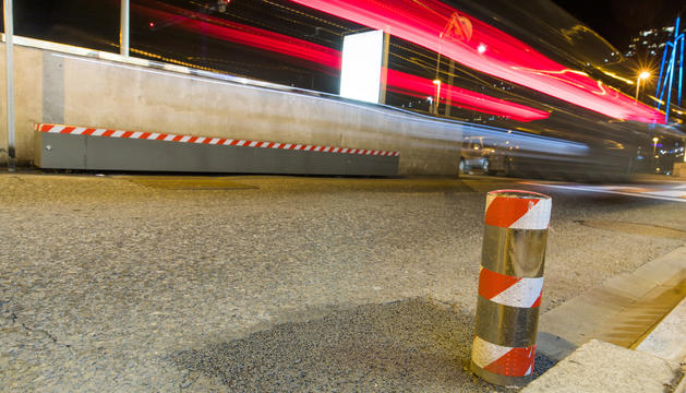 Barrera de protecció al carrer Ciutat de  Sabadell