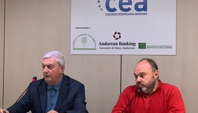 El president de la CEA, Gerard Cadena, amb el secretari general de l'USdA, Gabriel Ubach