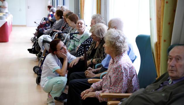 Padrins usuaris de la residència El Cedre.
