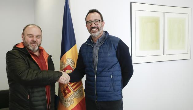 El ministre d'Afers Socials, Habitatge i Joventut, Victor Filloy, i el secretari general de l'USdA, Gabriel Ubach