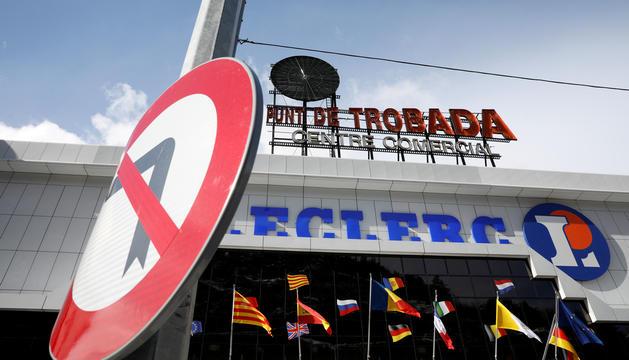 Els Cachafeiro apunten que necessitaran almenys dos anys per deixar el centre comercial.