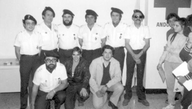 Primer equip de socors de la Creu Roja Andorrana.
