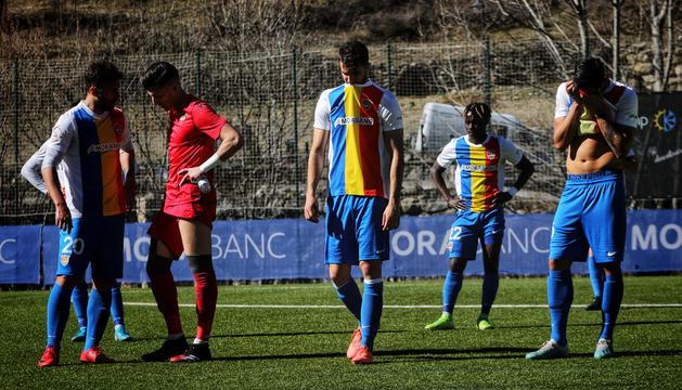 El Llevant agreuja la crisi de l'FC Andorra.