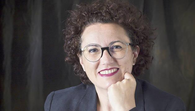 La ministra també vol tancar aquest any el reglament de carrera professional.
