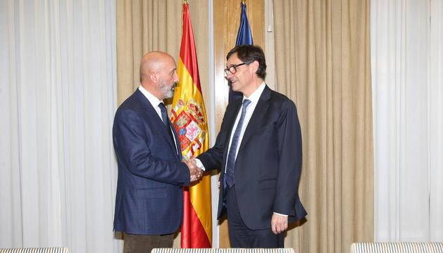 El ministre de Salut, Joan Martínez Benazet, amb el seu homòleg espanyol, Salvador Illa