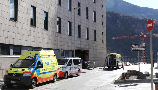 L'hospital de Meritxell, on hi ha les dues persones ingressades pendents de diagnòstic.