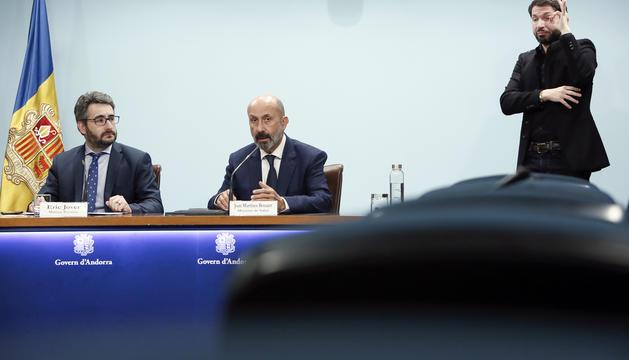 Els ministres Jover i Benazet han comparegut avui sense periodistes a la sala