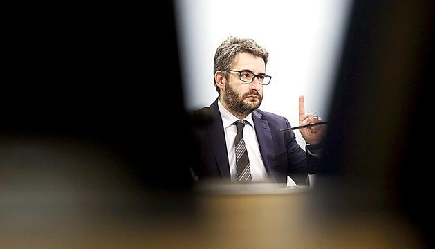 El ministre portaveu, Eric Jover, durant la compareixença d'ahir al vespre.