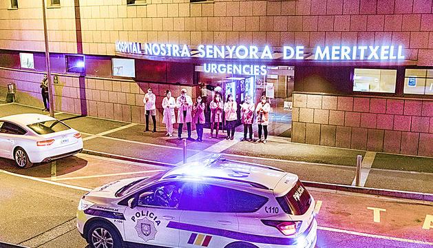 Homenatge al sector sanitari amb el so de les sirenes