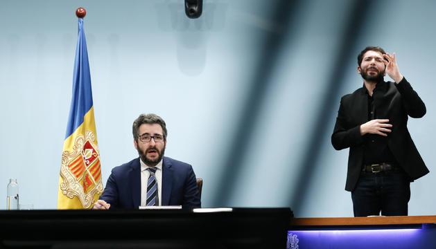 El ministre portaveu, Eric Jover, durant la roda de premsa d'aquest vespre