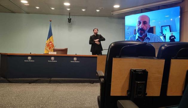 Martínez Benazet ha anunciat el retard del material sanitari