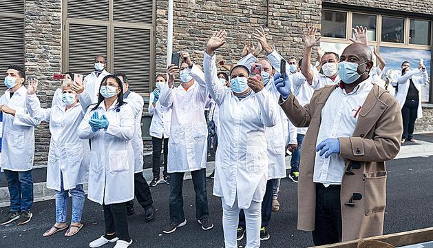 Els sanitaris cubans, en un acte diumenge passat.