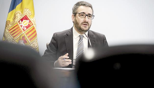 El ministre portaveu, Eric Jover, durant la roda de premsa d'ahir.