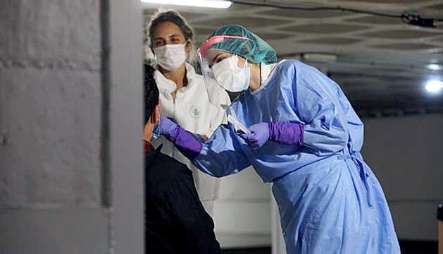 Voluntaris realitzant proves a Andorra la Vella.