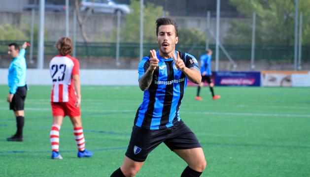 El davanter Genís Soldevila celebra un dels 14 gols aconseguits aquesta temporada.