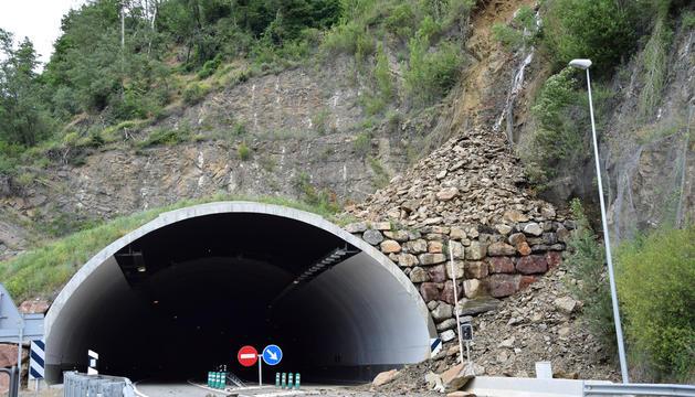 L'esllavissada del túnel del Bordar.