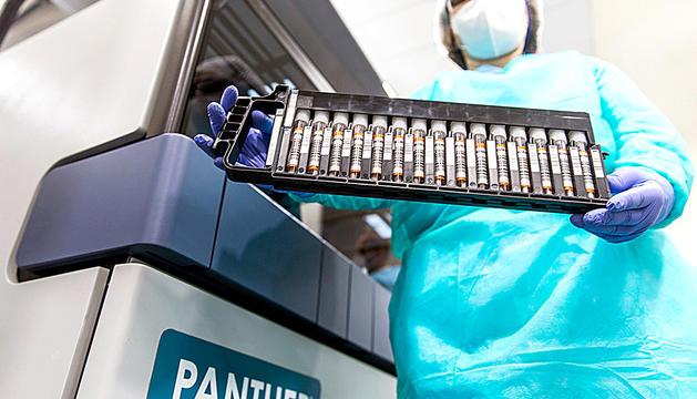 Una de les màquines per fer les proves TMA.