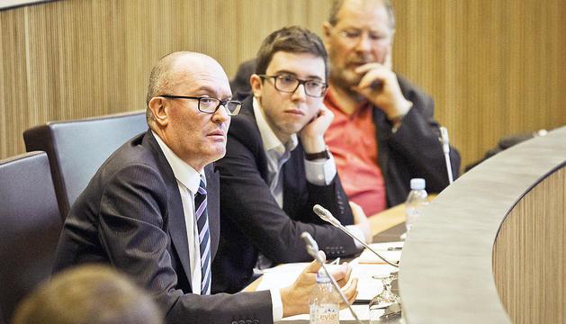Joaquim Miró en una sessió del Consell General.