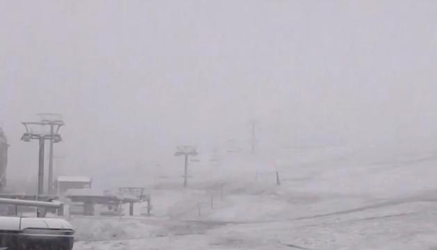 Grandvalira amb neu al juny