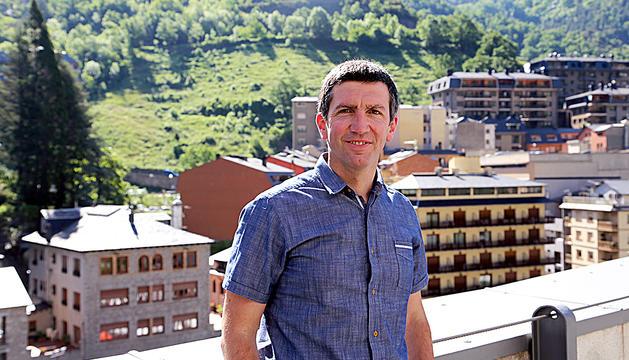 El nou director de Naturlandia, Xabier Ajona, el dia de la presentació al carrec.
