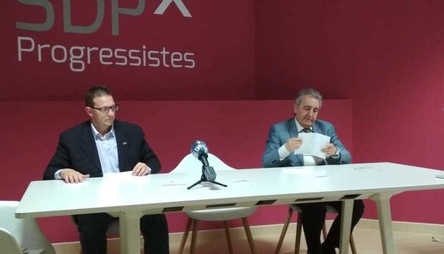 Un instant de la roda de premsa d'aquesta tarda de Donsion i Bartumeu