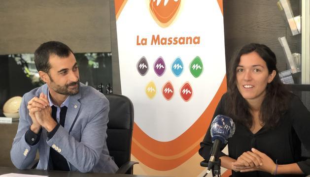 Josep Maria Garrallà i Inka Bellés, durant la presentació de les activitats.