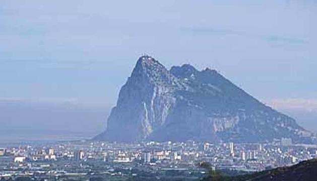 Espanya treu les restriccions de mobilitat amb Gibraltar