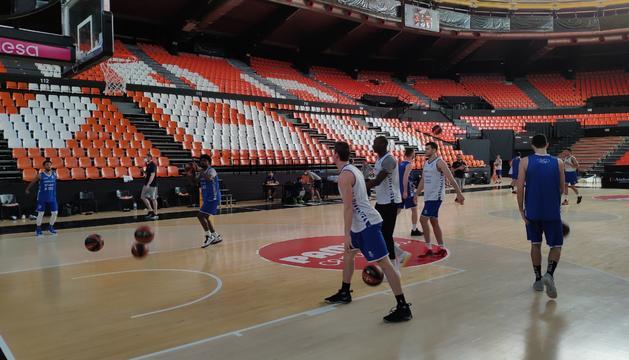 Primer entrenament del MoraBanc a València